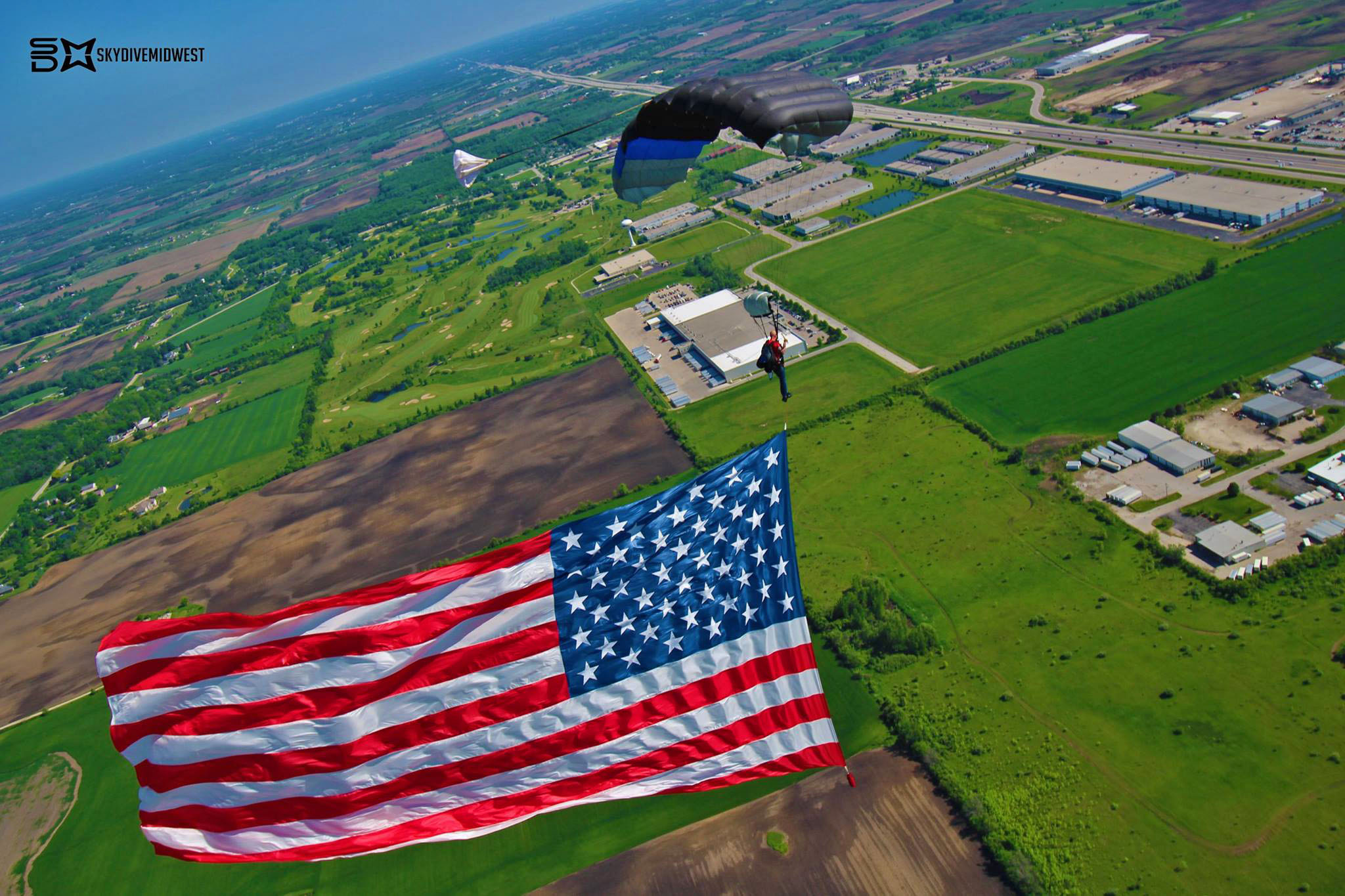 Flag Jump Skydive Midwest Memorial Day Chicago Skydiving Demonstration Jump
