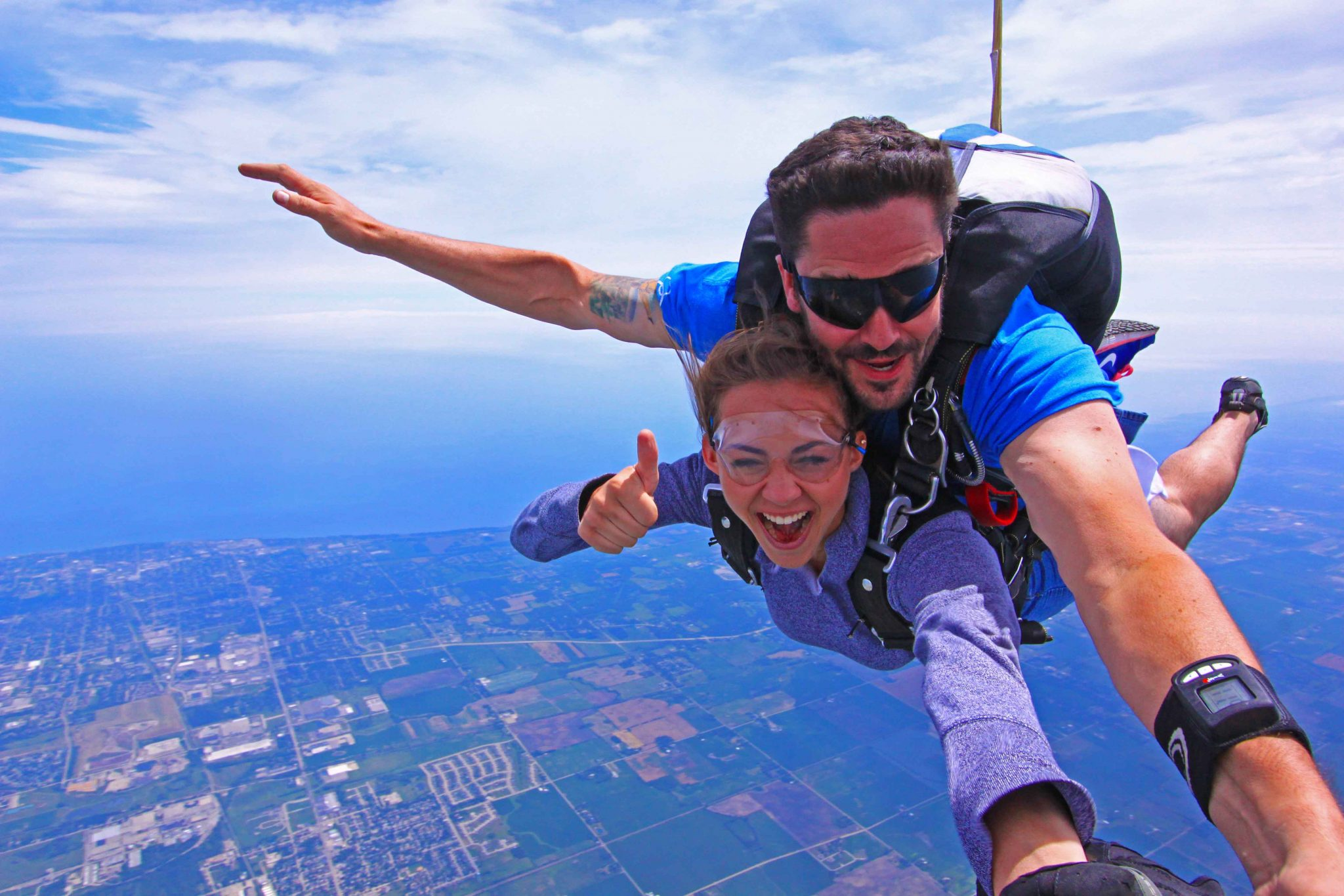 skydive chicago is one of the Go skydiving in chicago trust your first skydive to america's #1 skydiving network and let one of our chicago skydiving experts help make the experience easy and.