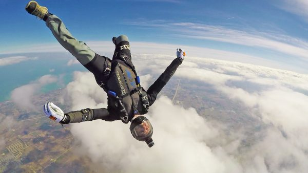 sky dive chicago Find the best skydiving dropzones near you home  skydiving locations the best places to skydive in the united  san diego, seattle, orlando, chicago, redmond,.