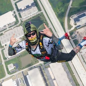 Solo Skydive AFF