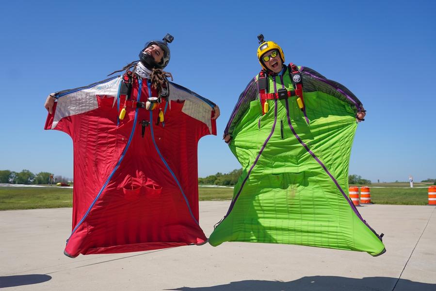Experienced Skydivers Wingsuit